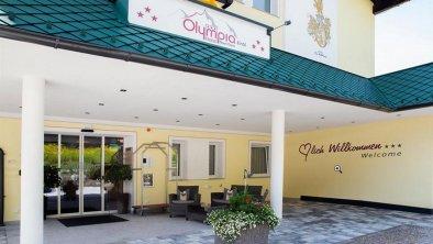 Eingangsbereich_-_Hotel_Olympia_Tirol_-_Moesern_-_, © Hotel Olympia Tirol, Mösern