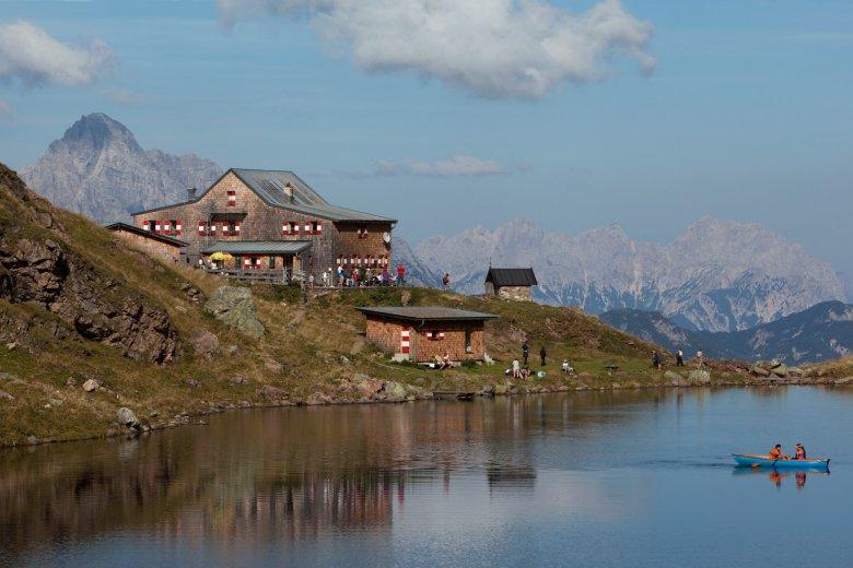 Wildseeloderhaus Lodge on the shores of gorgeous Wildsee Lake. , © Tirol Werbung / Bernd Uhlig