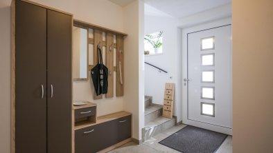 Garderobe, Eingang