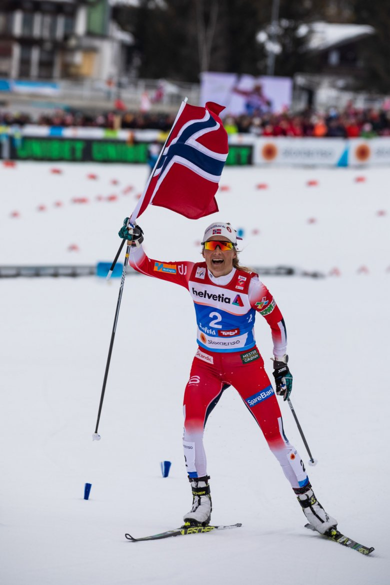 Norway's Therese Johaug grabs gold.