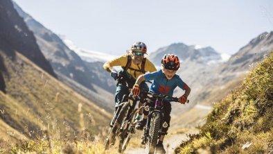 Mountainbiker im Trail