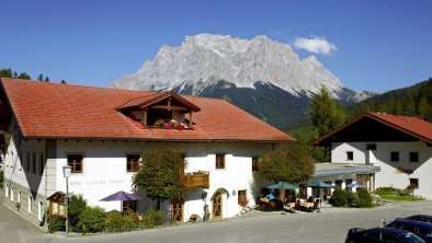 our hotel in the sommer