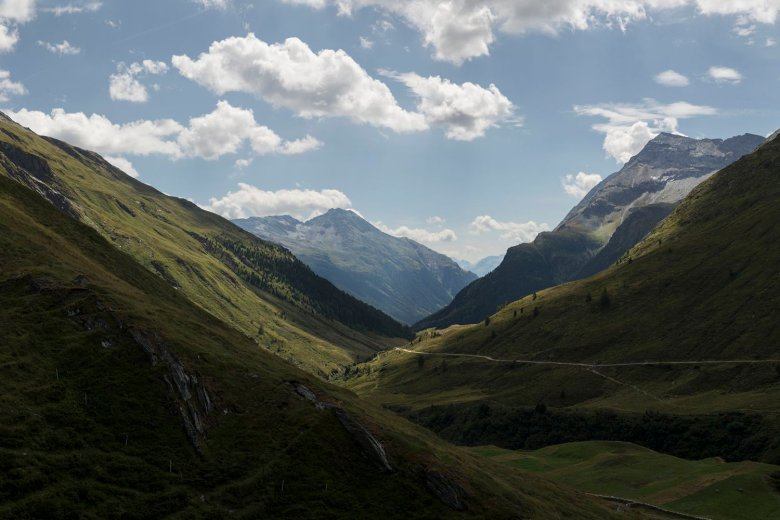 Majestic! Covering 1,856 square kilometres, the Hohe Tauern National Park is the largest protected area of outstanding natural beauty in the Alps.