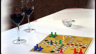 Wein und Spiel