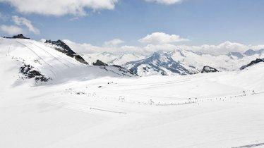 Hintertux Glacier Ski Resort, © Hintertuxer Gletscher
