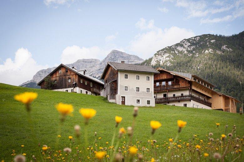 The 400-year-old Mesnerhof in Steinberg. , © Mesnerhof