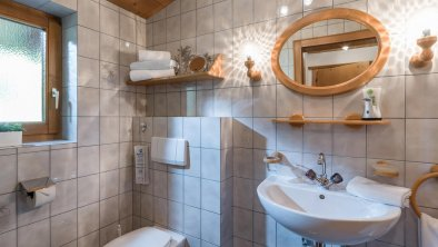 Badezimmer 2 Appartement Kaiserluft