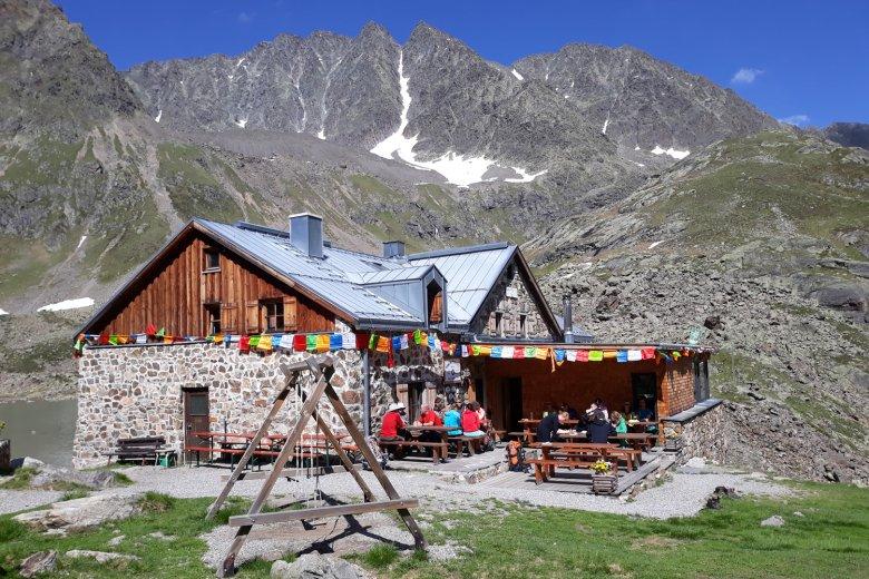 Winnebachsee Hut in the Stubai Alps. , © Winnebachseehütte