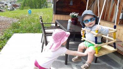 https://images.seekda.net/AT_UAB7-07-12-04/Babyschaukel.jpg