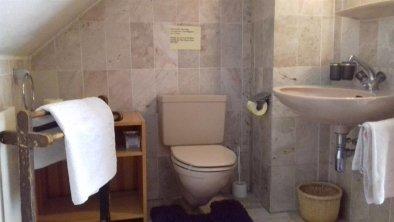 Appartement2-3Pers_Badezimmer_oben