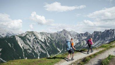 Wandern auf die Seefelder Spitze, © Olympiaregion Seefeld, Stephan Elsler