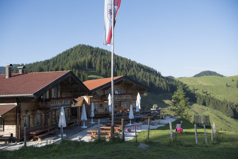 Rustic log cabins, attention to detail and an Alpine Pasture Shop on premises: Welcome to Burgeralm.