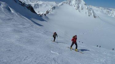 Ski touring on the Pitztal Glacier, © Tourismusverband Pitztal