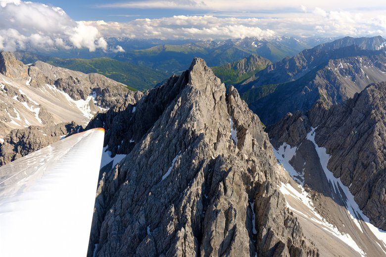 A bird's eye view of the Wetterstein Mountains. Photo: Philip Preindl