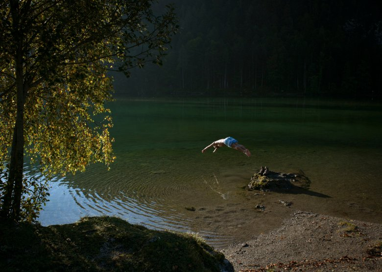 Wild swimming at the Hintersteiner See lake.