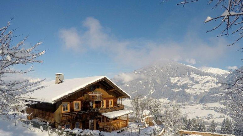 Premium Chalet Zirbe in the Zillertal Valley, © Chalets & Apartments Wachterhof