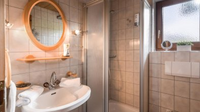 Badezimmer 1 Appartement Kaiserluft