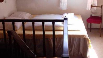 Appartement2-3Pers_DoppelbettSchlafzimmer