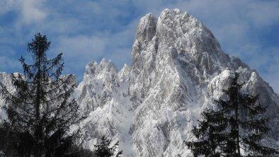 Verschneite Bergspitzen, © Pure Mountain
