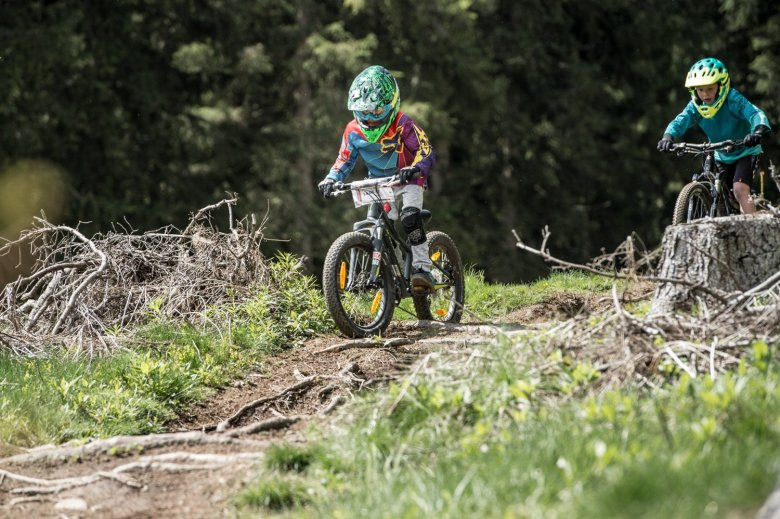 Kids on Trail. Fotos: MTB Downhill & Freeride Verein Innsbruck / Andreas Vigl