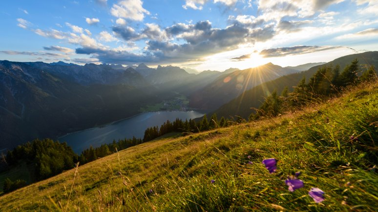 Sunrise over Lake Achensee, © Achensee Tourismus