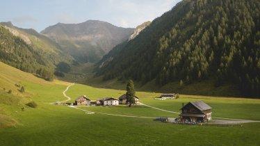 The Alpengasthof Kasern in the Schmirntal Valley, © Tirol Werbung/Bert Heinzlmeier
