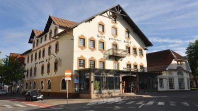"""Hotelansicht """"Goldener Hirsch"""""""