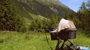 Buggy-friendly walk in Sellrain, © Tirol Werbung