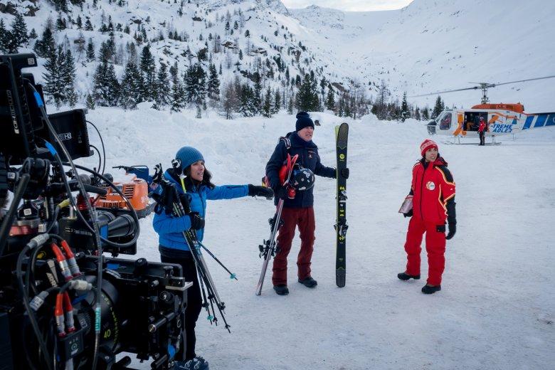 Filming a scene near the Kaunertal Glacier Road. , © 2020 Twentieth Century Fox Film Corporation, Photo by Jaap Buitendijk  The indoor scenes
