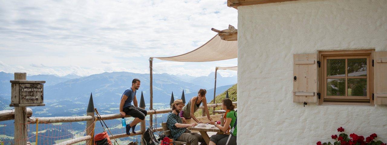 Eagle Walk Stage 1: Regalm hut, © Tirol Werbung/Jens Schwarz
