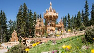 The Spruce Tree Castle in Zell am Ziller, © Zillertal Arena