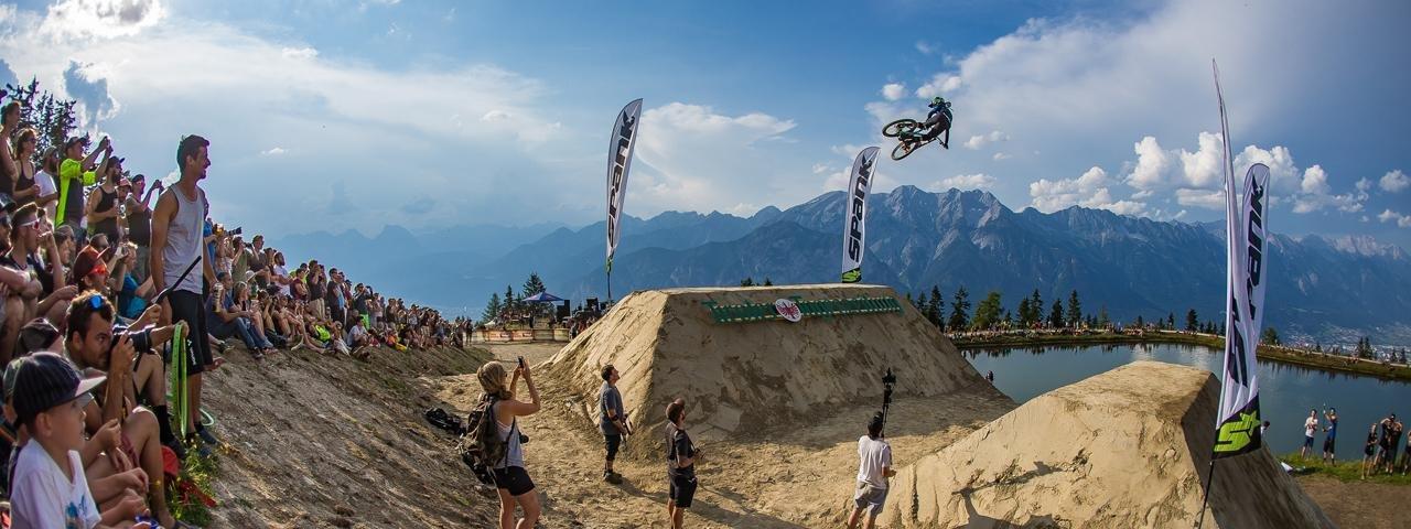 Airborne at Mutterer Alm: Gravity-defying action and breathtaking tricks at Crankworx Innsbruck, © Fraser Britton