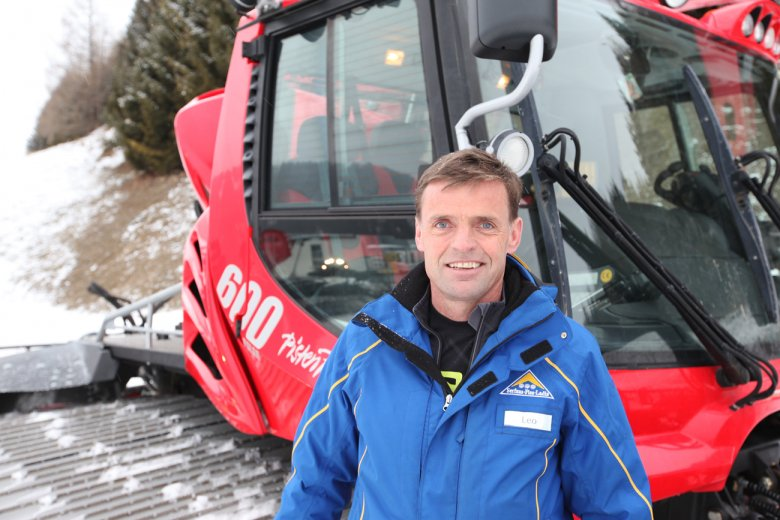 Snow groomer Leo and his Kässbohrer PistenBully Polar 600, a giant, multi-ton, snow grooming machine that has the weight of two male African elephants or of ten Volkswagen Rabbit.