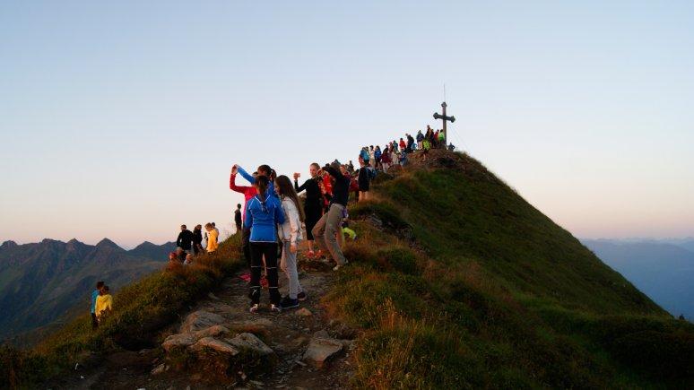 Sunrise on the Wiedersbergerhorn mountain, © Alpbachtal Tourismus