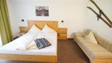 Alpenstern Zimmer Juniorsuite und Deluxe, © Alpenstern