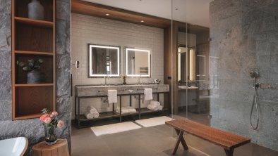 Badezimmer_Panorama_Suite_Grand_kompr, © Interalpen-Hotel Tyrol