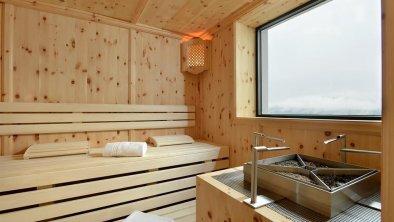 Kräuter-Zirben-Sauna