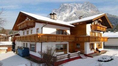 Haus Wanker Winteransicht